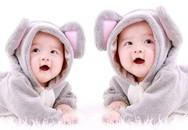 Tại sao hai bé song sinh không tăng cân đều nhau?