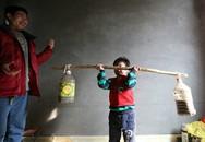 Cho con đạp xe 70km mỗi ngày, ông bố Trung Quốc hứng chỉ trích