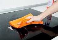 5 cách lau chùi khiến mặt bếp từ chóng hỏng