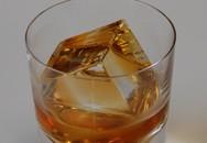 """Giới siêu giàu chi gần chục triệu mua đá lạnh """"sang chảnh"""" về uống rượu"""