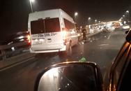 Sau khi lên Facebook cảnh báo việc nổ lốp xe trên cầu Nhật Tân, tài xế xấu số vẫn bị xe khách tông tử vong