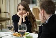 Vợ đòi về thăm bố chồng đột xuất, còn đảm đang cơm nước, tôi cứ ngỡ vợ đã thay đổi cho đến khi cô ấy lật ngửa ván bài