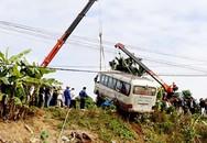 Yên Bái: Xe khách lao xuống ruộng, 7 người bị thương