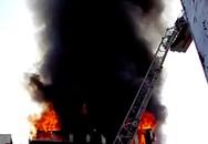 Cháy khách sạn 4 sao ở Sài Gòn, du khách chạy tán loạn