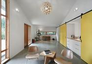 Vợ chồng trẻ cải tạo chuồng ngựa thành studio kết hợp nhà ở