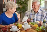 Bác sĩ chỉ 6 nguyên tắc bất di bất dịch về dinh dưỡng để người cao tuổi luôn khỏe mạnh