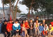 Gia đình Quang Hải tất bật đón khách