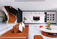 Ngôi nhà có tủ quần áo dài 9m của cặp vợ chồng U50