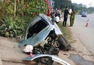 Ô tô tránh xe đi ngược chiều, lao xuống cống, 4 người bị thương