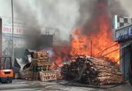 Cháy lớn nhiều nhà xưởng bên quốc lộ ở Đồng Nai