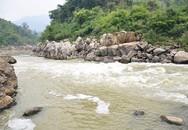 Đi dọc sông Mã tìm kiếm nữ sinh bị nước cuốn trôi khi tắm sông