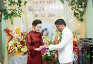 Lễ ăn hỏi, tiệc cưới ngập hoa hồng của MC Lê Thùy Linh