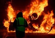 2 tuần biểu tình, bạo loạn biến Paris thành 'bãi chiến trường'