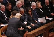 Xúc động tang lễ cựu Tổng thống Bush và cái bắt tay hòa bình của ông Trump cùng bà Obama