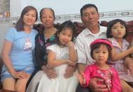 Cha mẹ già vượt nghìn dặm vào Nam ăn Tết cùng con
