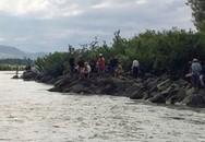 3 học sinh mất tích trên sông Ba, thi thể cuốn trôi hơn 3km