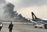 Máy bay chở 71 người bốc cháy tại sân bay Nepal