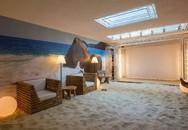 Ngôi nhà có cả bãi biển nhiệt đới dài 21m ngay trong nhà