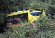 Tin mới vụ xe khách lao xuống vực sâu 70m tại đèo Lò Xo tỉnh Kon Tum