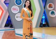 """Hương Giang Idol mặc áo dài, nói tiếng Anh """"cực đỉnh"""" khi xuất hiện trên sóng truyền hình Thái Lan"""