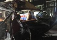 Tai nạn liên hoàn trong đêm, 2 người trên xe cứu thương tử vong tại chỗ