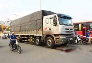Phụ nữ bị ôtô tải cán tử vong khi lái xe máy vào ngã tư 'tử thần'