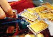 Giá vàng quay đầu giảm mạnh, người người đổ xô đi bán