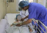 Cô gái rơi vào tiền hôn mê sau cơn đau đầu đột ngột