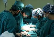 Phát hiện khối u nặng 2 kg sau một năm khổ sở vì ngày 'đèn đỏ' kéo dài