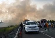 8 ôtô biến dạng sau tai nạn do khói trên cao tốc Long Thành