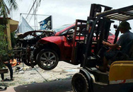 Ôtô nổ tan tành nghi bị gài mìn
