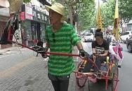 Chàng trai Trung Quốc kéo xe đưa bạn gái vượt 2.000 km đi ngắm biển