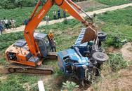 Xe tải mất lái lăn xuống thung lũng sâu 30m