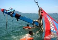 Cứu nạn thành công 6 thuyền viên bị chìm tàu trên biển