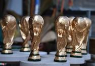 'Cup vàng' 80.000 đồng bày bán ở cửa nhà, quán nước
