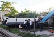 Nghệ An: Tàu hỏa đâm xe bồn chở gas, 3 người bị thương