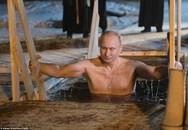 Tổng thống Putin thổ lộ về những bức ảnh 'bán nuy' gây bão