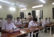 """Tuyển sinh lớp 10 ở Hà Nội: Cán bộ coi thi """"tuồn"""" 2 đề thi ra ngoài"""
