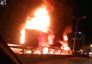 Người nhà khóc ngất đón thi thể người phụ nữ mang bầu 6 tháng tử vong trong vụ cháy xe khách ở Hà Nội