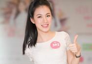 Người đẹp Hoa hậu Việt Nam 2018 vòng tay chạm rốn khoe eo thon