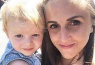 """Thông qua bức ảnh, người mẹ """"chết lặng"""" biết con gái 2 tuổi gửi tín hiệu cảnh báo ung thư"""