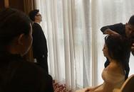 Ông xã Tú Anh trầm ngâm suy tư tại hậu trường đám cưới