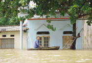 """Vùng """"rốn lũ"""" Thạch Thành, Thanh Hoá: Gần 1.000 hộ dân chưa thể về nhà"""