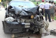 Thanh Hóa: Ô tô va chạm mạnh với xe máy khiến 2 vợ chồng tử vong