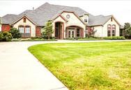 Hồng Ngọc mua nhà mới trên mảnh đất 1,5 ha tại Mỹ