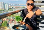 Giữa nắng nóng kỷ lục ở Hà Nội, diễn viên Minh Tiệp rán trứng ko cần bếp