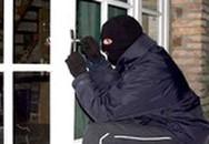 Tên trộm rủ cô gái vào nhà nghỉ 'tâm sự' khi hẹn trả điện thoại