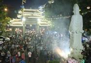 Người Sài Gòn người chen chân dự lễ Vu Lan chùa Vĩnh Nghiêm
