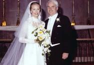 Chuyện tình 'sét đánh' của John McCain với người vợ kém 17 tuổi