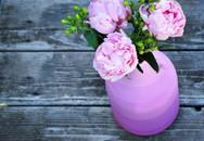 Những lọ hoa bỗng đẹp đến chẳng thể ngờ được chỉ nhờ cách làm đơn giản này